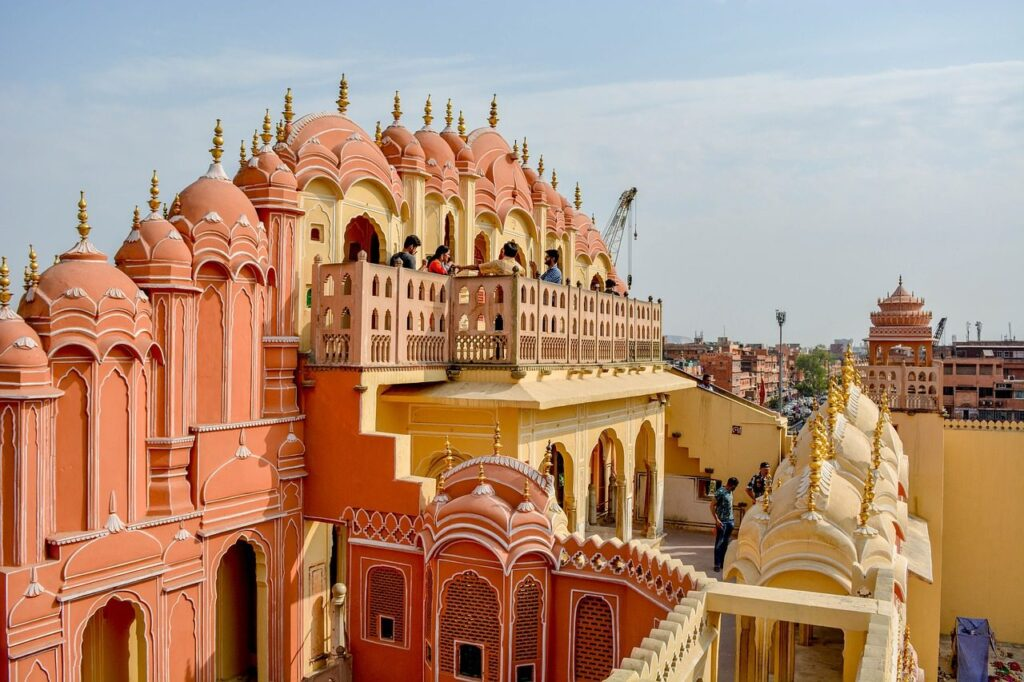 Udaipur To Jaipur One-Way Taxi Service