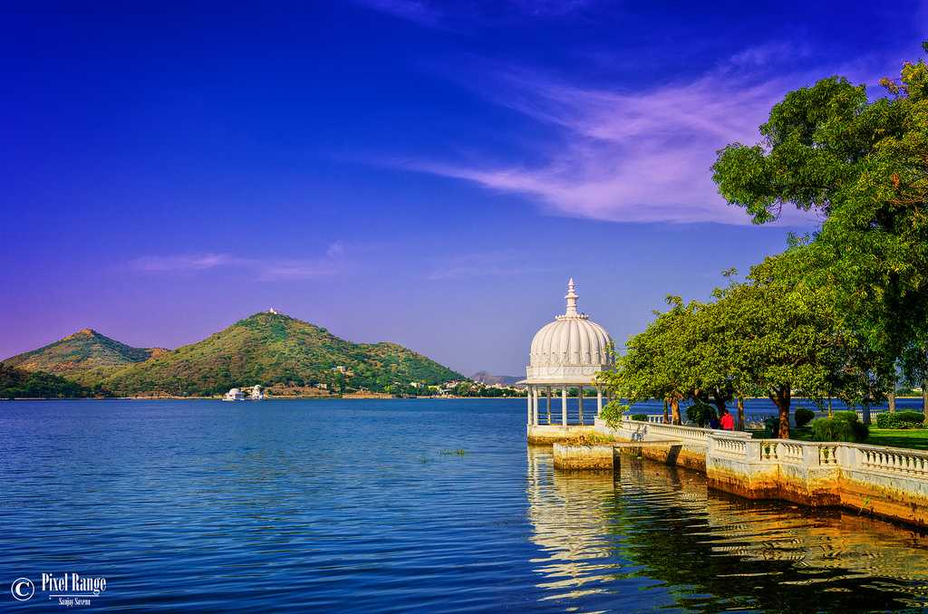 Udaipur taxi service